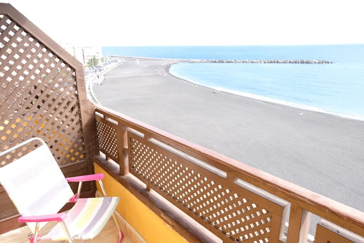 Bright, centrally located and with sea views