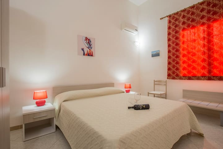 "B&B Isole Dello Stagnone ""Schola"" - Marsala - Bed & Breakfast"
