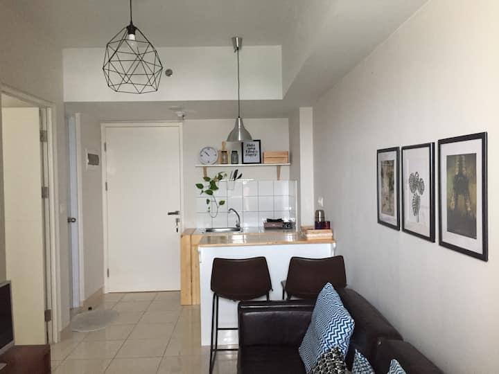Best location Downtown flat in Summarecon Bekasi