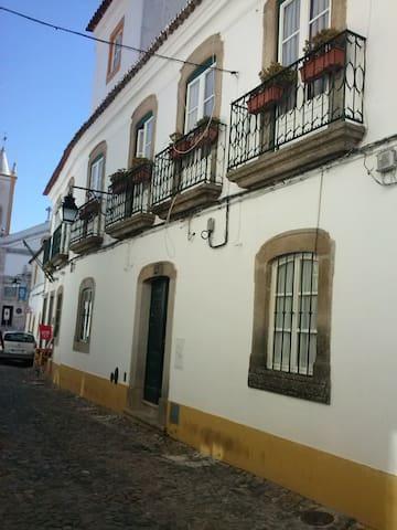 Apartamento no Solar dos Marqueses - Évora - Huoneisto