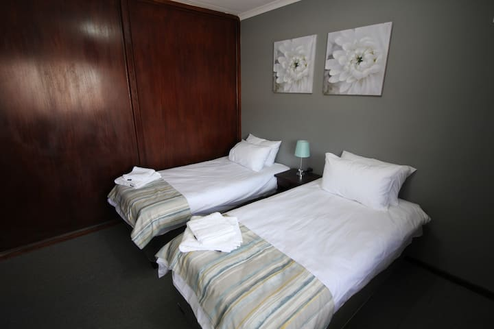 Cornerstone Luxury Self Catering Unit Room 1
