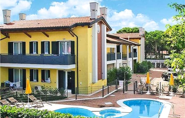 Holiday apartment with 2 bedrooms on 78m² in Cavallino-Treporti