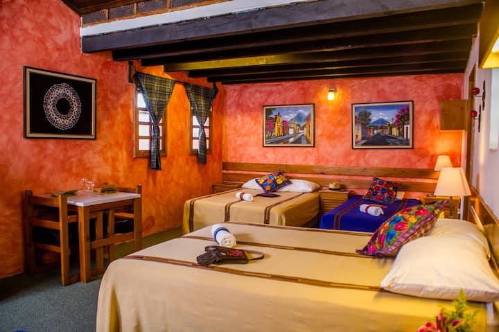 Large, Tranquil Quad Room in Antigua