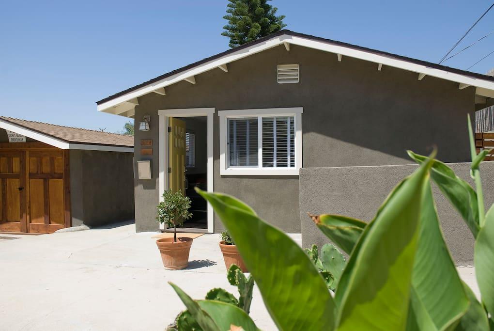 amerante guest house delightful h user zur miete in los angeles kalifornien vereinigte staaten. Black Bedroom Furniture Sets. Home Design Ideas
