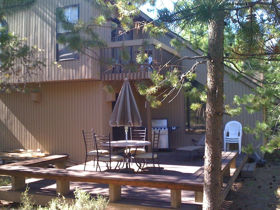 Northwest Cabin In The Woods Houses For Rent In Bend
