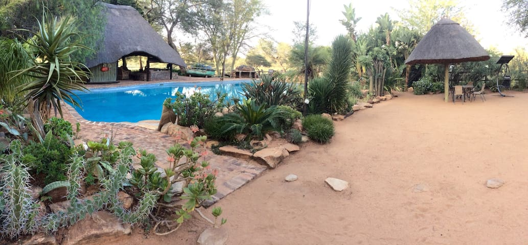 Limpopo River Luxury Cottage, Tuli Block, Botswana