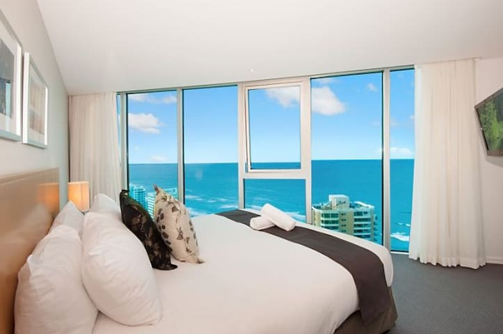 Luxury Apartment above Hilton – 28th Floor Room 3 - Surfers Paradise - Appartement