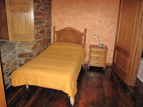 Casa do Catalán, Habitación doble. 45 eu. noche.