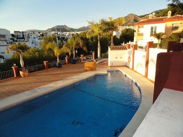 Great family villa - peaceful zone near best beach
