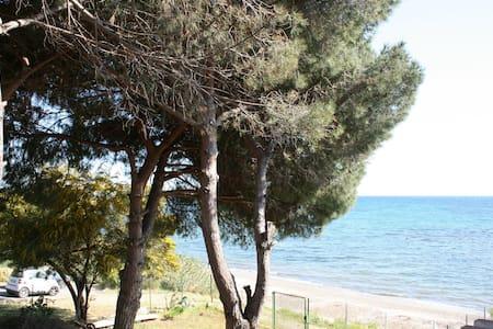 Villa con accesso diretto spiaggia - Quartu Sant'Elena