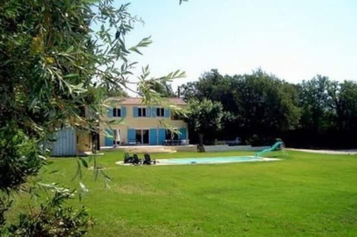 Grande Villa Climatisée