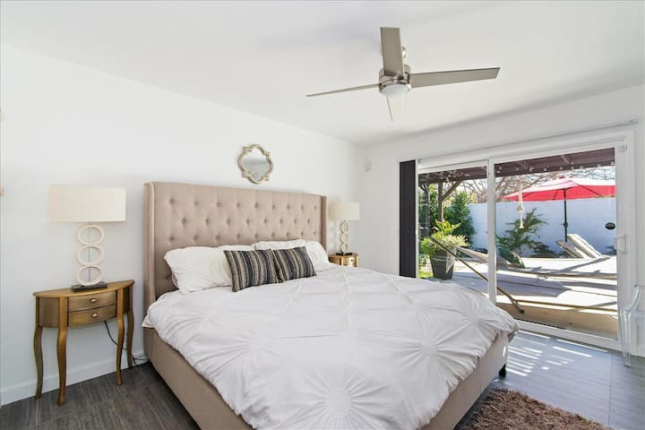 Master bedroom with California King