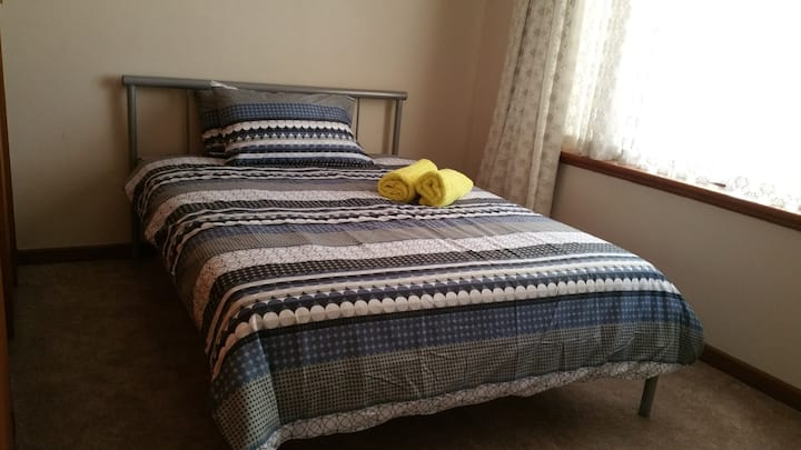 Clean & Tidy Room in Wilson