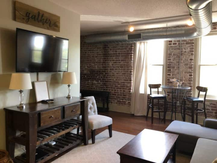 South Main Cozy 1 Bdrm/Walking Distance- Beale St