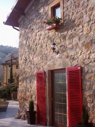 Rustico, freistehendes Haus 100qm - Castel del Piano - House