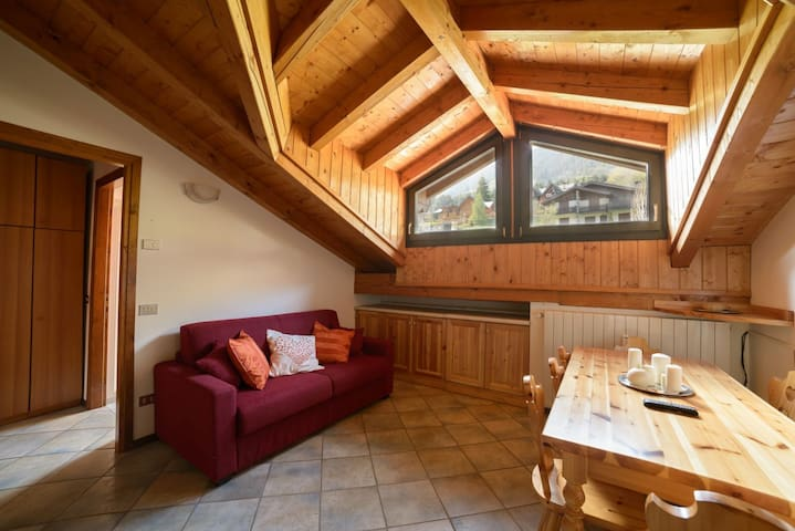 Nice and cozy apt - Ponte di Legno - Appartement