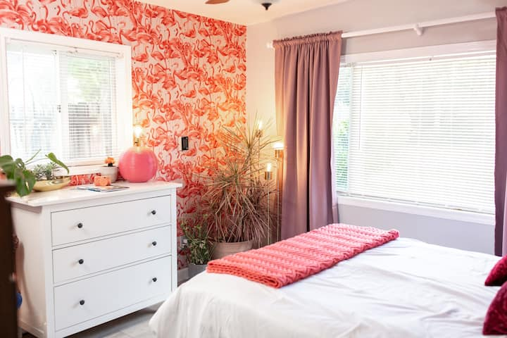 Bright & LUXE Bedroom w Pool and Large Screen TV!