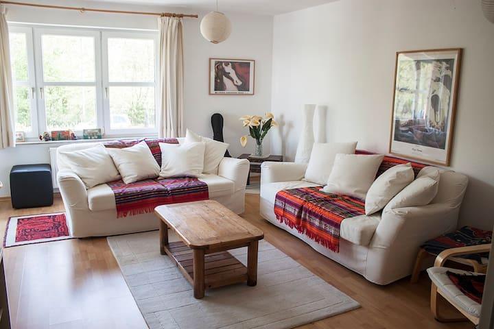 2 Zimmer Whg. inkl. Balkon - Burgwedel - Byt
