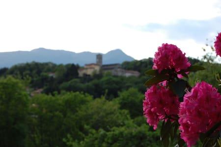 Romantische Italiaanse villa - Brezzo di Bedero