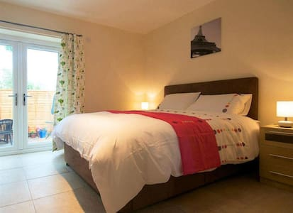 Treetops Cottages & Spa - Oak Cottage