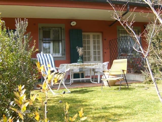 Grazioso bilocale in campagna vicino San Gimignano - San Vivaldo - Apartment
