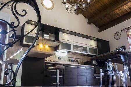 Meravigliosa casa Altino-Abruzzo-Italy, Rosato B&B