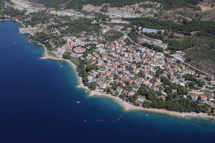 Beachside Seaview Rooms w/Bathrooms - Omiš - Bed & Breakfast