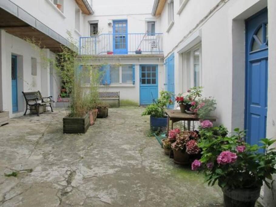 appartement 2 pieces centre ville appartements louer rueil malmaison le de france france. Black Bedroom Furniture Sets. Home Design Ideas