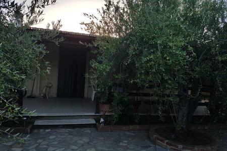 Villa Pantano a pochi passi dal mare
