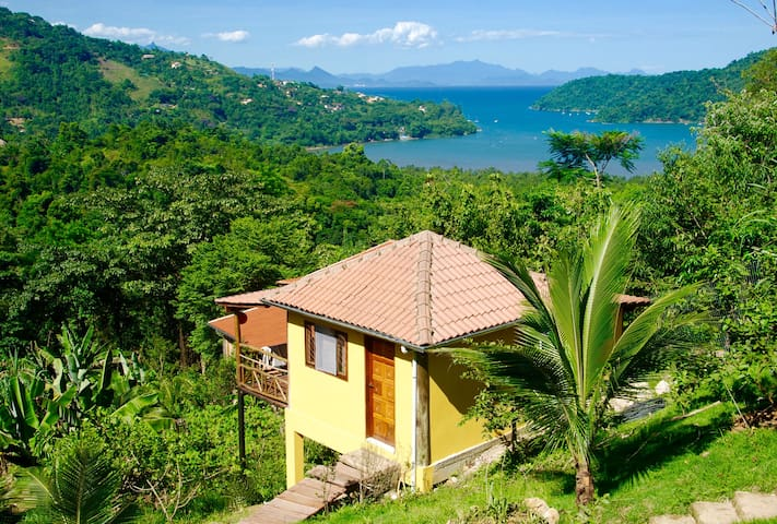 "Eco Lodge with amazing view ""Casa Tambor"" Paraty"