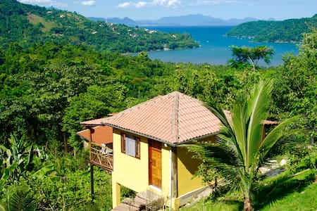 "Nature Chalet with Sea View ""Casa Tambor"" Paraty - House"