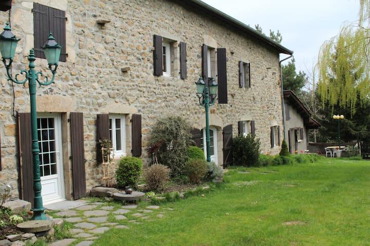 Agréable maisonnette champêtre - Saint-Pierre-du-Champ