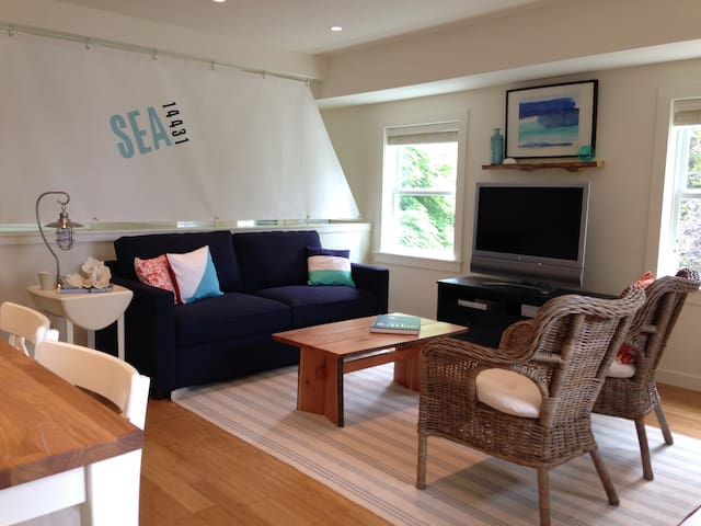 Seahurst Guesthouse - Burien - Apartment