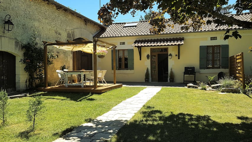 Idyllic rural farmhouse holidays at Villa Duroux