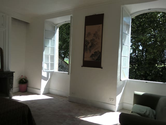 2bedRm Grand Bel Apt,  Garden B.B.Q - Saint-Hippolyte-du-Fort - Apartment