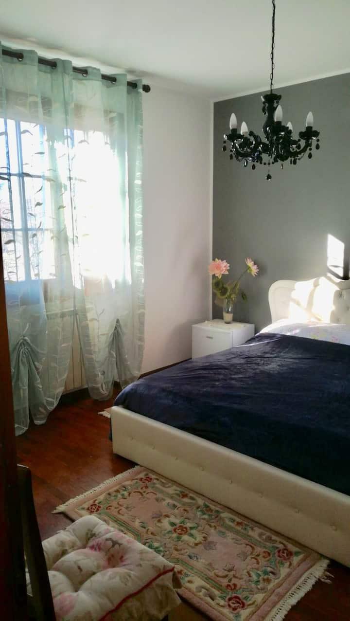 Cozy room 20 minutes to Venice Island/ garden