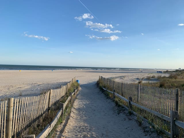Stay on the Beach and Boardwalk!