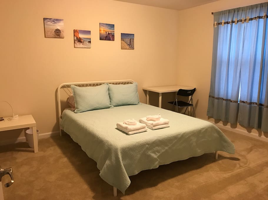 Queen Bed with 10 inch Memory  Foam Mattress