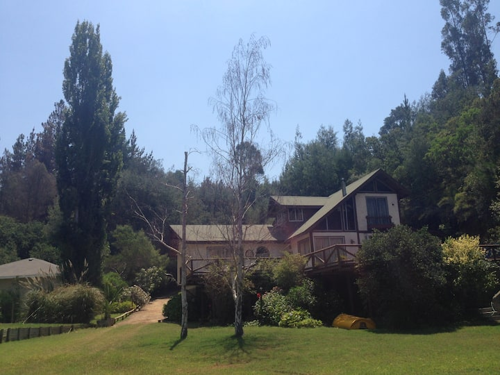 Gran casa a orillas del Lago Vichuquen
