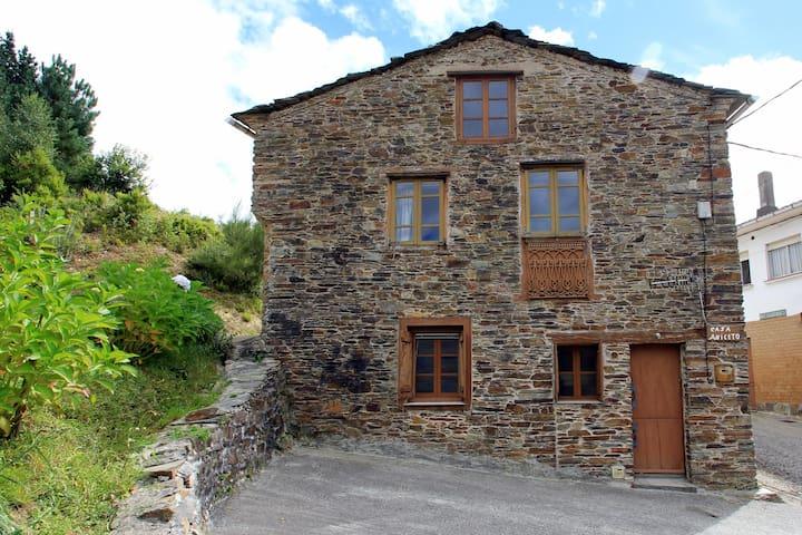 Casa Aniceto I