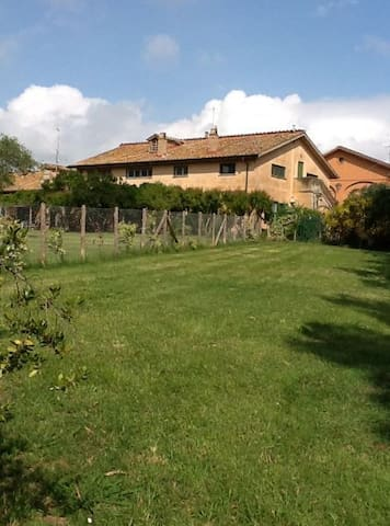 Cottage on the farm - Maccarese Fiumicino - Talo