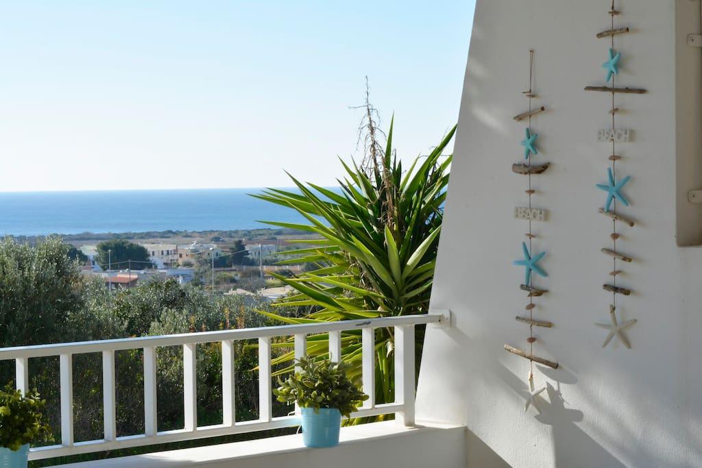 veranda ombreggiata vista mare