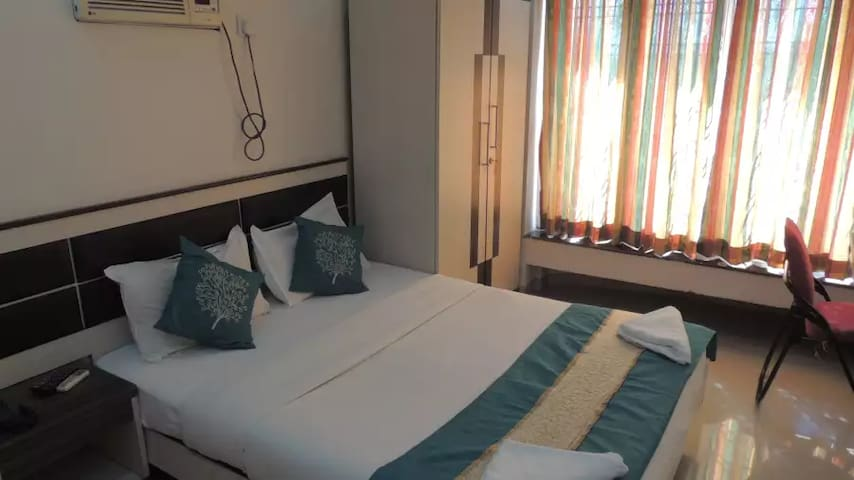 Executive Room Bed and Breakfast - Bombay - Bed & Breakfast