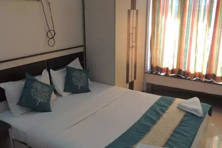 Executive Room Bed and Breakfast - Bombay
