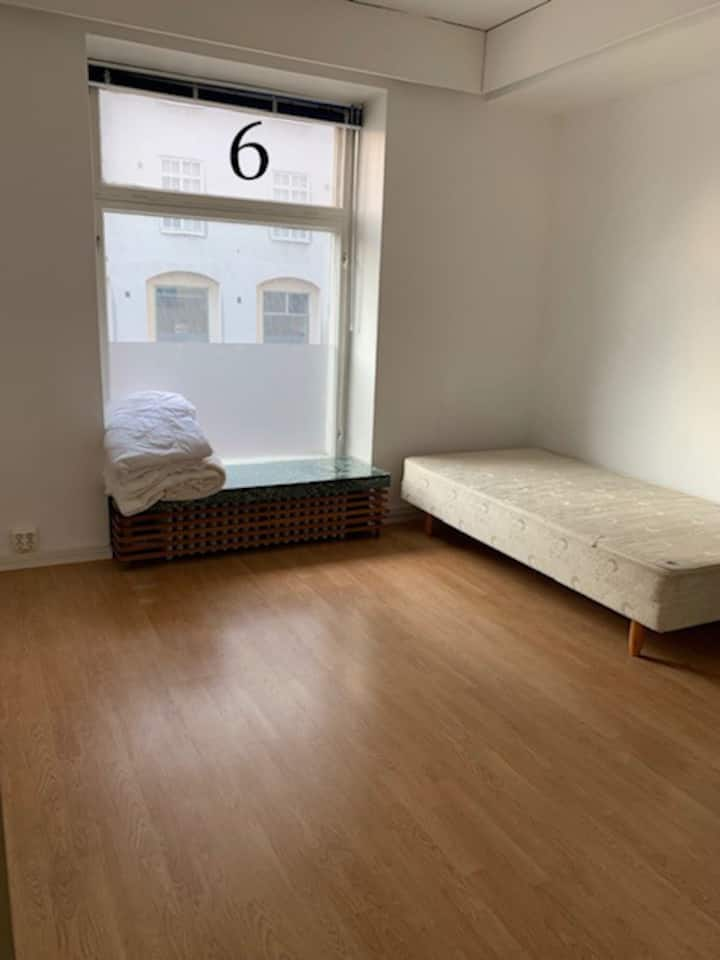 Furnished room 6,  Mannerheinmintie 27