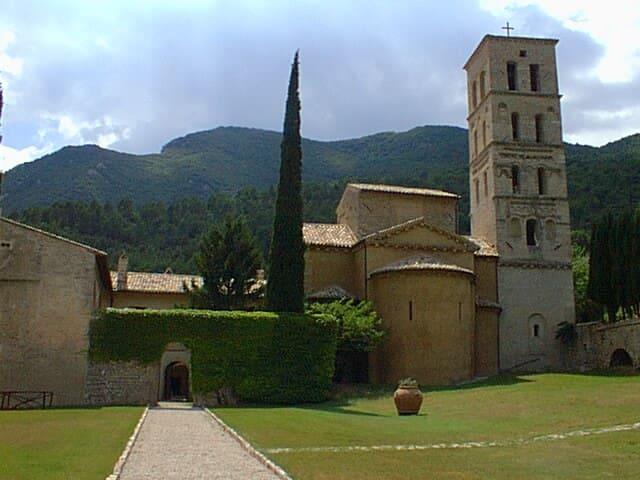 Abbazia San Pietro in Valle - Suite - Macenano (comune di Ferentillo) - Bed & Breakfast