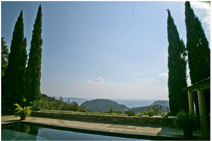 2 MIN FROM PORTO ERCOLE, GREAT POOL, MAID INCLUDED