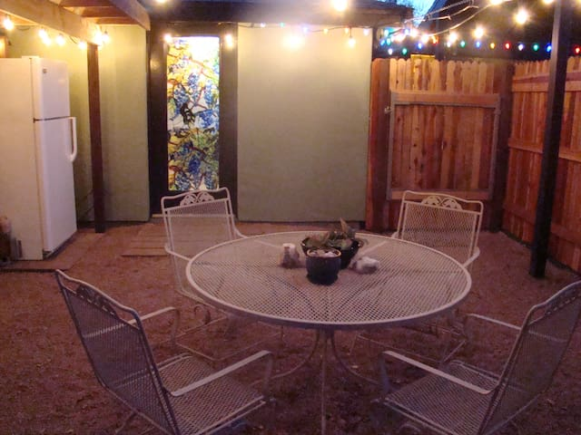 Private & Pet Friendly Guesthouse - Tucson - Pension