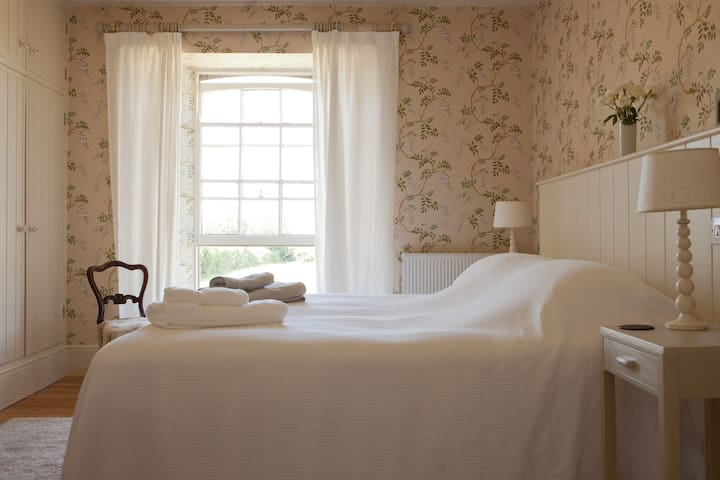 Hay Barton B and B - Truro - Bed & Breakfast