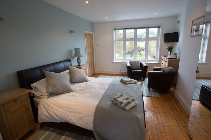 Front Room (Double ensuite) - Builth Wells - Bed & Breakfast